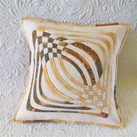Applique Pillow Patterns by Geometric Applique Quilt Pillow Pattern
