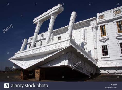 wisconsin house top secret attraction wisconsin dells white house upside