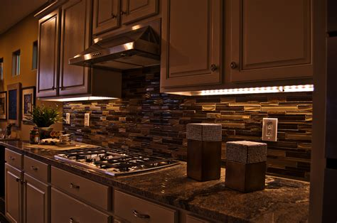 Kitchen Cabinet Lighting Under Cabinet Led Lighting House Ideals