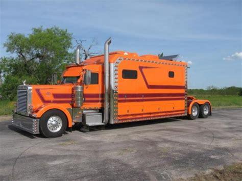 Big Sleeper Truck by Big Sleeper Truck