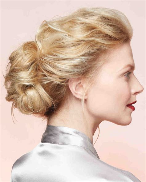 Diy Wedding Hairstyles by Diy Wedding Hairstyles Martha Stewart Weddings