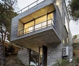 steep slope house plans steep slope house design goes vertical just like trees modern house designs