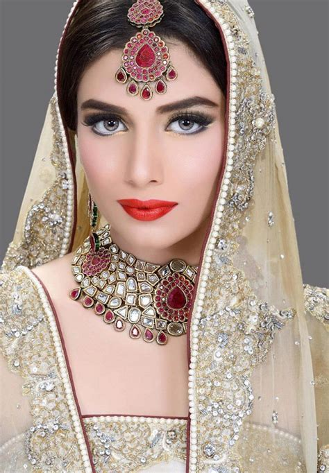 New Bridal Pics by Bridal Makeup L New Bridal Wedding Makeup
