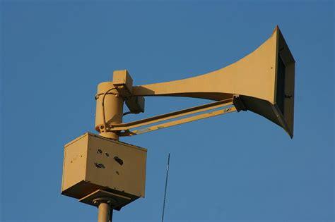 world war 2 air raid siren ykearywyr world war air raid siren