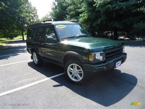 green land rover 2004 epsom green land rover discovery se7 70133420 photo