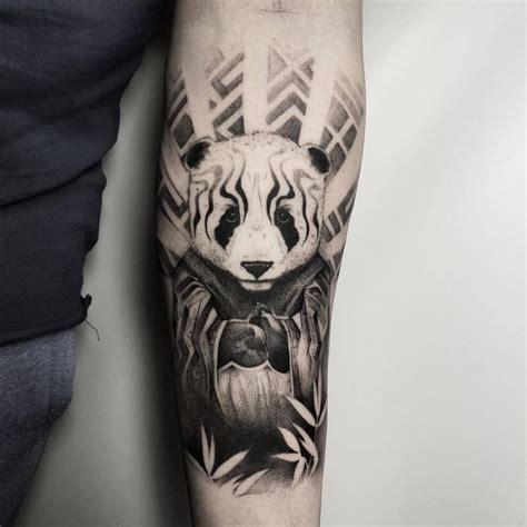 tattoo panda no pé bw panda tattoo idea on the forearm bear tattoos design