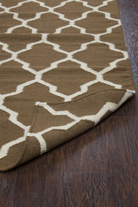 Quatrefoil Area Rug Swing Quatrefoil Trellis Wool Runner Rug In Brown White 2 6 Quot X 8