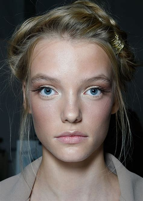 model makeup runway makeup looks and tips marie claire 4 runway hairstyles to add to your repertoire beauty crew