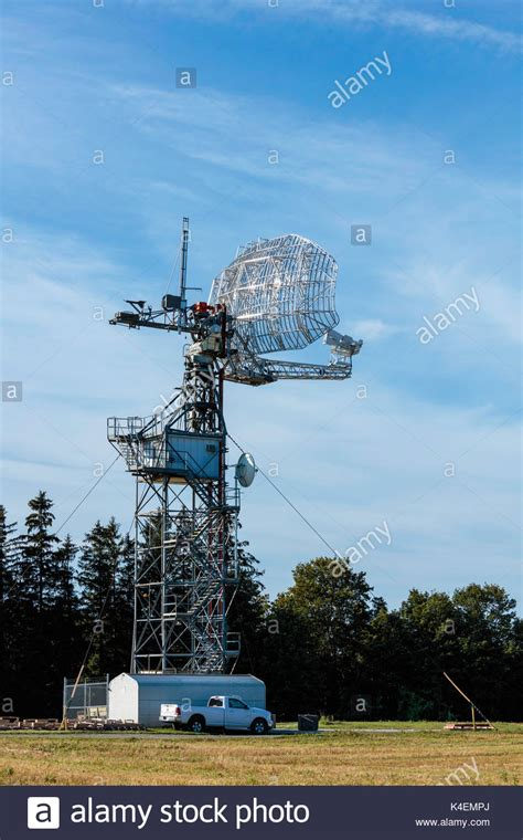 radar antenna stock photos radar antenna stock images alamy