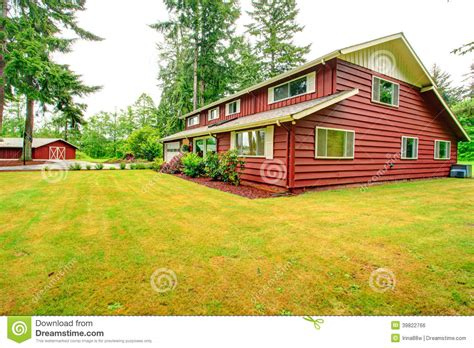 red siding house red clapboard siding house with garage stock photo image 39822766