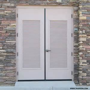 louvered doors exterior louvered exterior door louvered doors colonial