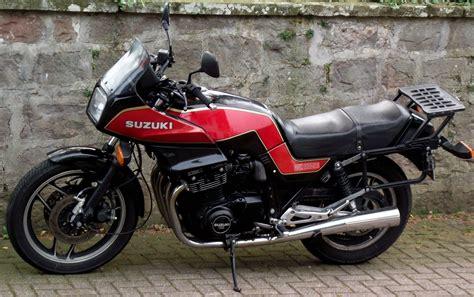 Suzuki Info 1983 Suzuki Gsx 1100 Es Pics Specs And Information