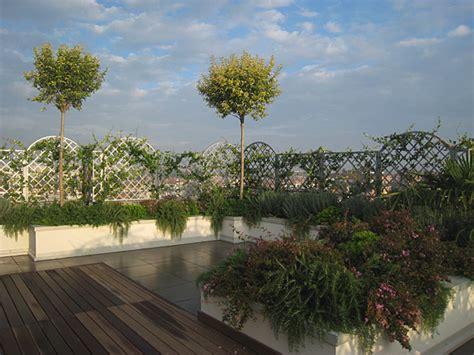 come arredare un terrazzo con piante arredo terrazzo linee guida per un terrazzo da sogno