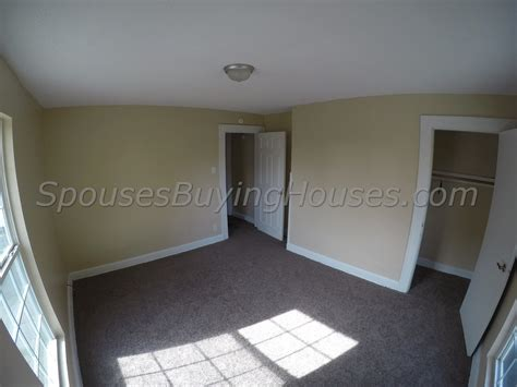 buy houses fast we buy homes fast indianapolis living room spouses buying houses