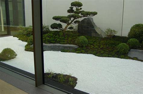 zen garten bilder zengarten im innenhof eines neubaus in hannover oase der