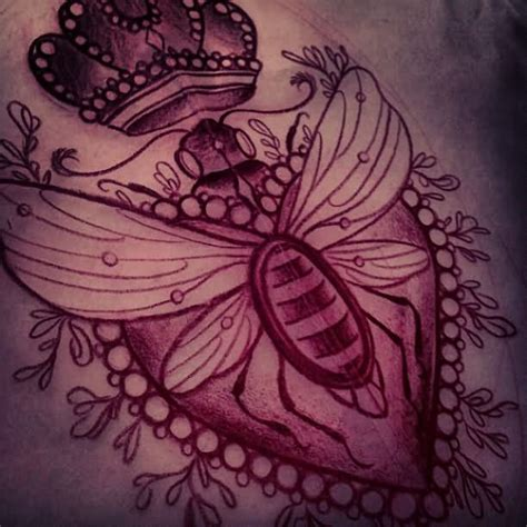 queen bee tattoo designs images designs