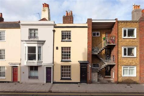 3 bedroom houses for sale in portsmouth 3 bedroom town house for sale in old portsmouth hshire