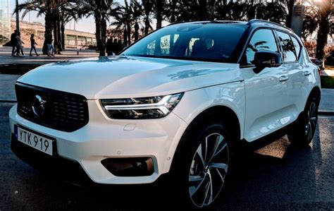 Volvo 2019 Xc40 Review by 2019 Volvo Xc40 Review Slashgear