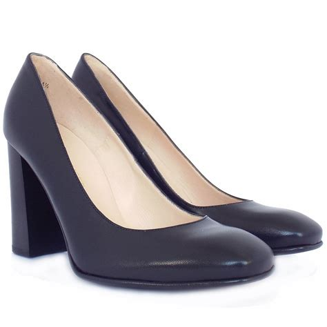 trendy shoes kaiser s block heel court shoes in
