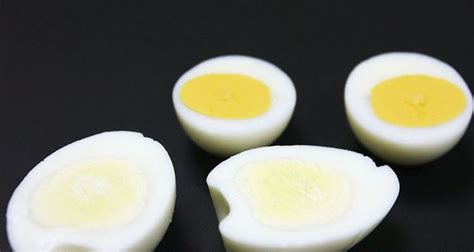 protein 4 eggs how much protein in boiled egg the nutrition content