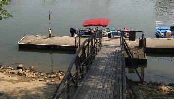 boat dock nashville cumberland river trip