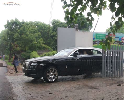 roll royce delhi new 2014 rolls royce wraith spotted in india launch this