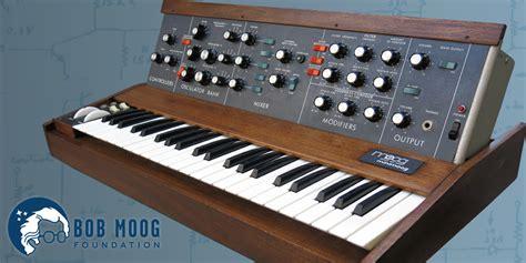 Legendary Synthesist by Bob Moog Foundation Announces 2017 Raffle For Vintage