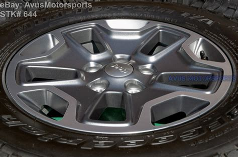 factory jeep wheels 2015 jeep wrangler rubicon oem factory 17 quot wheels tires