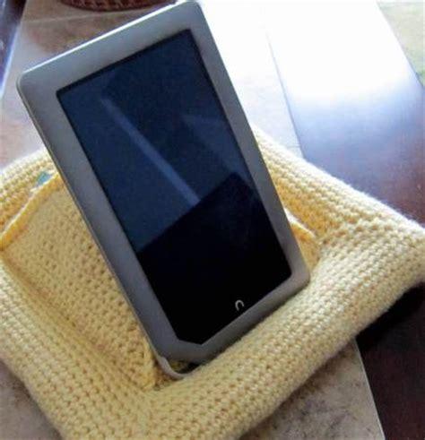 pattern for tablet holder crochet pattern for book tablet holder make it pinterest
