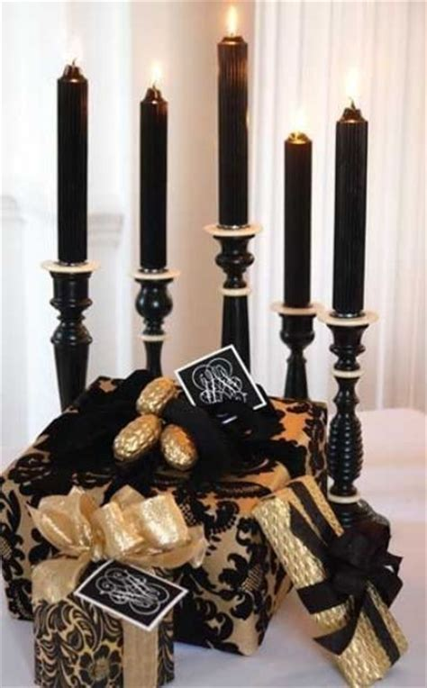 36 super elegant black and gold christmas d 233 cor ideas