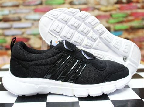 Sepatu Adidas Untuk Anak Sekolah jual sepatu olahraga anak adidas climacool sekolah
