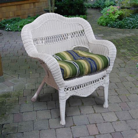 North Cape Vineyard Resin Wicker Chair White Ultimate White Wicker Patio Chairs