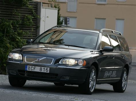 auto repair manual free download 2005 volvo v70 head up display service manual 2005 volvo v70 acclaim manual 2005 volvo v70 r specifications pictures prices
