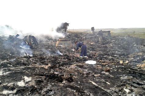 Malaysia Airlines Crash News | malaysia airlines plane crash abc news australian
