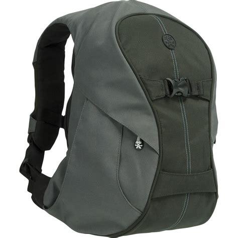 crumpler backpack crumpler karachi outpost backpack small kot001 x00130 b h