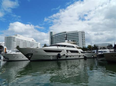 miami boat show releases miami international boat show official site of the miami