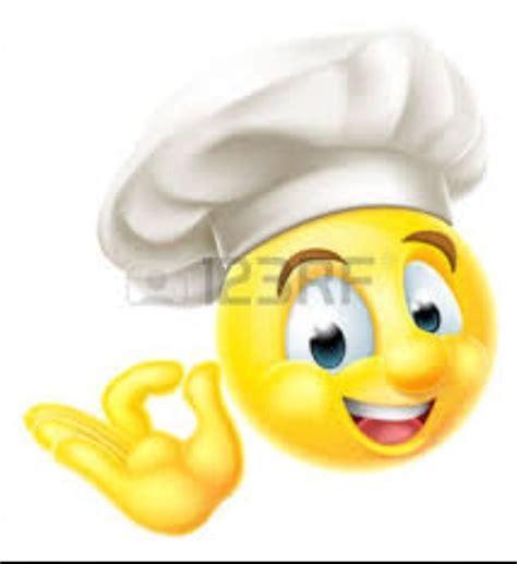 Toilet Paper Emoticon by Mas De 1 000 Imagens Sobre Video Game Characters Emoji