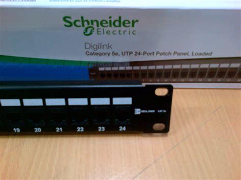 Schneider Electric Cat 6 Utp Patch Panel 24 Port 1 jual schneider electric cat 5e utp 24 port patch panel