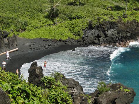 black sand beaches maui waianapanapa black sand beach maui murder and a beach