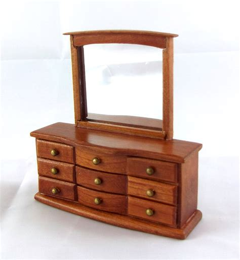 pecan bedroom furniture dolls house miniature 1 24 scale bedroom furniture pecan