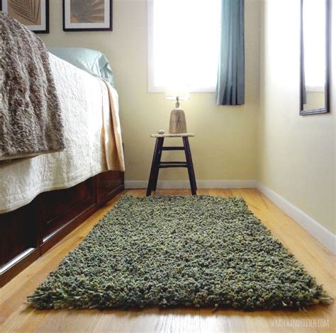 how to latch hook rug 17 best ideas about latch hook rugs on rug diy rugs and rugs