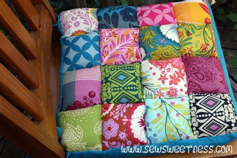 Free Patchwork Patterns For Cushions - tutorial junk in the trunk chair cushions sew sweetness