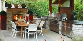 cuisine exterieure en pavillon bbq viking hotte de cuisine ext 233 rieure foyer