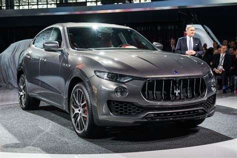 levante maserati 2017 maserati levante fiat chrysler authority