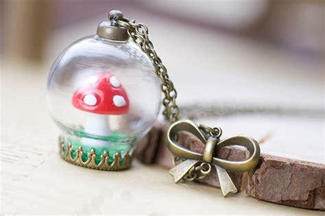 terrarium jewelry red mushroom toadstool terrarium necklace woodland jewelry