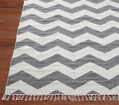 small chevron rug 17 best ideas about chevron rugs on small entryway decor backpack hooks and hallway