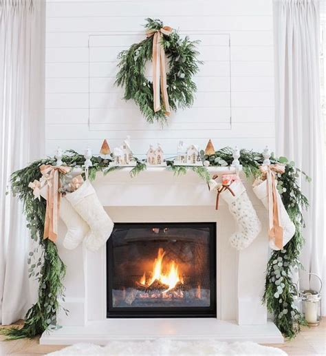 Garland For Fireplace by 36 Neutral And Organic Winter D 233 Cor Ideas Digsdigs