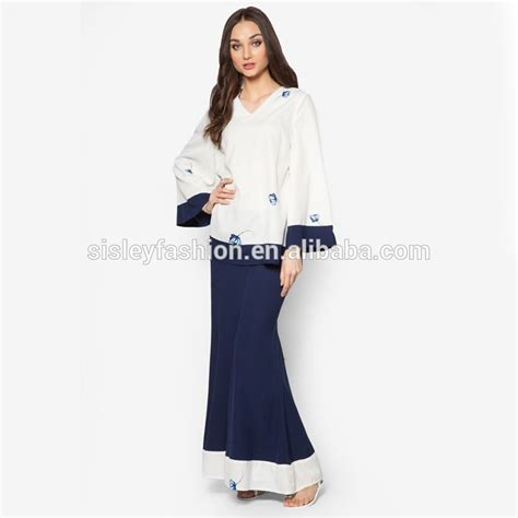 Kaos Tahun Baru 2018 Desain 1 Welcome 2018 Biru Navy Dongker S M L Xl musim panas wanita baru desain modern model 2018 fashion terbaru renda desain baju kurung bj009