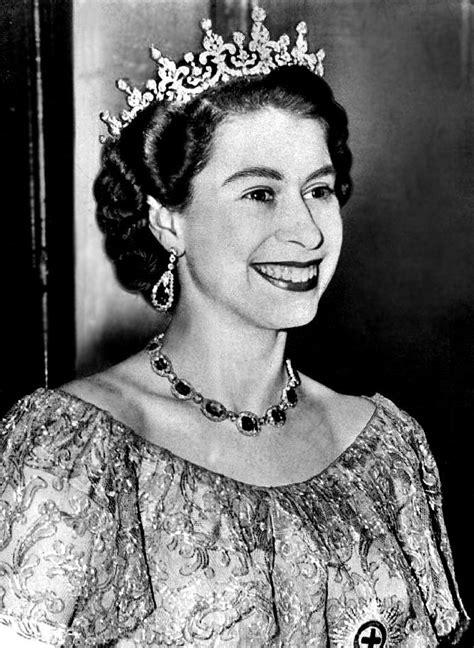 queen elizabeth 2 the royal order of sartorial splendor tiara thursday the