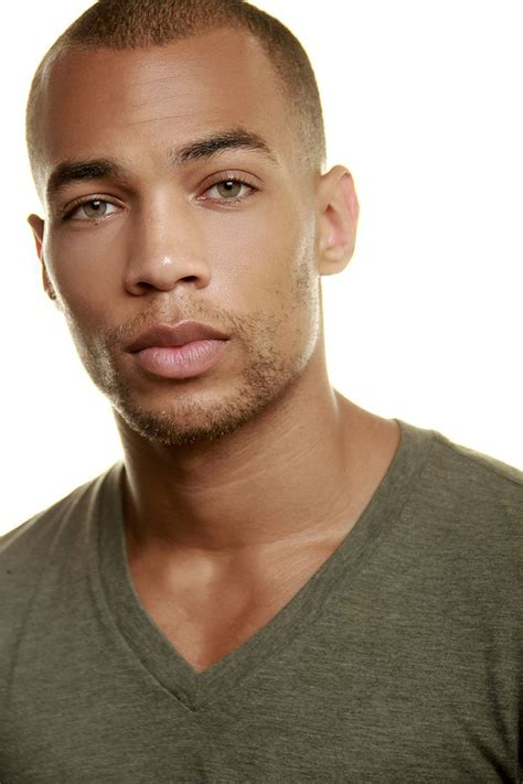 mixed guy with green eyes actor kendrick sson oh la la love his eyes tv shows